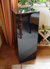 Holzsäule, Klavierlack schwarz, Objektsäule, Ausstellungssäule, Hochglanz