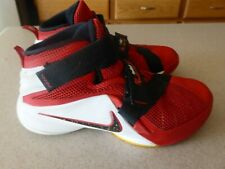 575b8f439b0 Vintage Nike James Lebron Kids Youth Shoes sz 1.5 Y