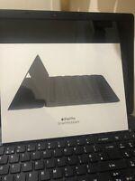 Apple MPTL2B/A iPad Pro Smart Keyboard 10.5 Inch British English- 100% Genuine