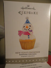 Hallmark 2015 New Year's Snowman Cupcake Monthly 6th 6 Series Ornament NEW