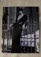 Liza Minnelli Signed Photo 8x10 Autograph