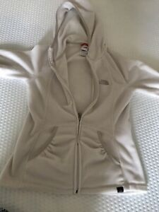 The North Face Winter White Fleece with Hood Ladies S ✨