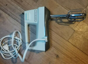 Vintage GE General Electric 3-speed Hand Mixer Almond Beige D1M24 Works Made USA