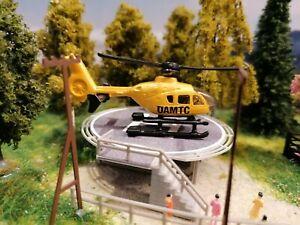 Rettungshubschrauber ÖAMTC Österreich| Helicopter mit Landeplatz | Spur N 1:160