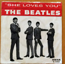 """THE BEATLES """"SHE LOVES YOU/I'LL GET YOU"""" 45 W/PIC SLEEVE"""