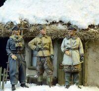 1/72 Resin WWII German 3 Officers Unassembled Unpainted WK023