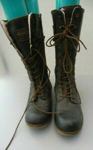 MUSTANG MILITARY STYLE FAUX LEATHER BOOTS SIZE 7