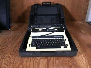 Vintage Royal Aristocrat Tan Portable Manual Typewriter & Case *READ