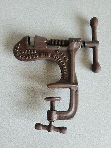 Perfection Nut Cracker Co. Waco Texas, Cast Iron, Patented 1914