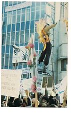 President JIMMY CARTER Burned Effigy Iran POSTCARD Iranian Revolutionaries 1981