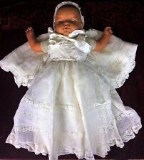 EXCEPTIONNEL COSTUME DE BAPTEME. SOIE ET ORGANZA DE SOIE. ESPAGNE. XIX-XX