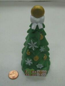 """New Fisher Price Little People 5"""" CHRISTMAS TREE HOLIDAY LOVING FAMILY DOLLHOUSE"""
