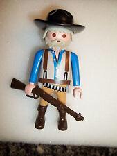 Playmobil,MAN WITH WINCHESTER RIFLE,GREY HAIR & BEARD,Prospecter,Settler