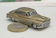 Praline/Busch  Buick Roadmaster,  Limousine,  gold met.