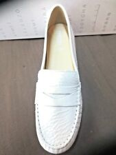 Geox Mocassin off white Neuf Valeur 110E Pointures 36,36.5,37,,38.5,39,40