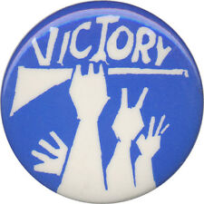 Vintage 1967 Israel Six Days War Victory Button (1263)