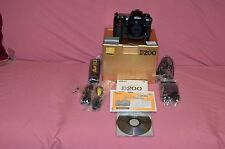 MINT IN BOX NIKON D200 DIGITAL SLR CAMERA ONE OWNER LOW USE SMOKE FREE HOME