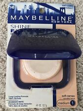 NEW Maybelline Shine-Free Matte Finish Pressed Powder Compact in 140 Soft Cameo