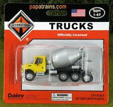 Die Cast Yellow and Silver Cement Mixer Truck Int 7000 HO Scale 1:87 by Boley