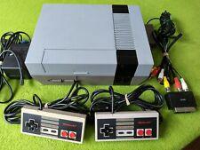 Nintendo NES Console + 2 Controllers PAL EUR
