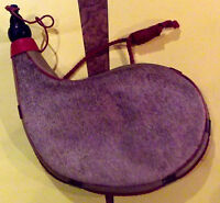 ANCIENNE GOURDE EN PEAU DE PÉLERIN LOURDE pour décoration
