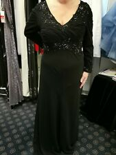 Dynasty long evening dress Black size 14 with sleeves BNWT