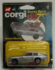 VINTAGE CORGI #40 007 JAMES BOND ASTON MARTIN NEW