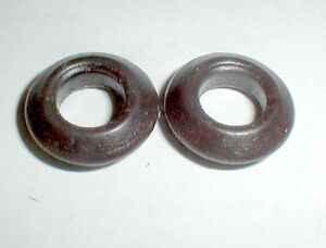 1  Pair Cox V Shaped Pointed Silicon Tires La Cucaracha Style 1/24 Slot Car NOS