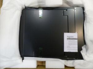 """APC LCD CONSOLE - KVM CONSOLE - 17"""""""