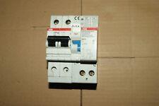 1 disjoncteur différentiel ABB 10 A  Ampéres 30 mA 2P