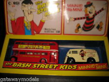 CORGI COMIC CLASSICS TWIN SET THE BASH STREET KIDS MINNIE  MINX AEC BUS MORRIS