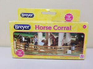 Breyer Horse Corral Fencing Accessories 10 Piece Set