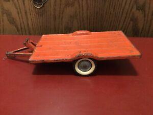 """Vintage Tru-Scale Tilt Bed, 2-Wheel Flatbed Trailer 1/16 Good Condition 11.5""""."""