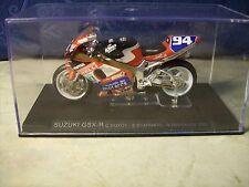 MOTO SUZUKI GSX-R c GUIOT-S.SCARNATO- N.DUSSAUGE 2001  DIE CAST 1:24 ( A6 )