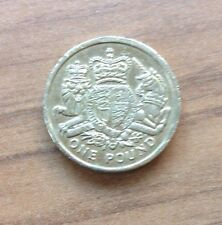 ROYAL ARMS £1 COIN 2015 LAST ROUND ONE POUND COIN - CIRCULATED & DELETED