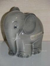 +*A010576_09 Goebel Archiv Muster Spardose Elefant TMK6 SD21 Plombe