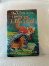 Vintage Walt Disney Pin Back Button advertising 3D Fox and Hound
