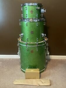 Ddrum Dios 3pc Shell Pack Emerald Green Sparkle 12, 16, 20 drum set