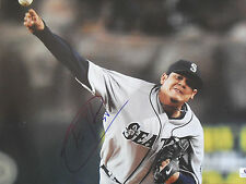 "FELIX HERNANDEZ SEATLE MARINERS SIGNED LARGE 11 x 13"" PHOTO GAI COA GV594746"