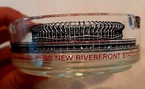 "Cincinnati Reds Vintage Ash Tray ""CINCINNATI REDS NEW RIVERFRONT STADIUM""  MINT"