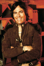 Richard Hatch As Capt. Apollo Battlestar Galactica 11x17 Poster Smiling Pose