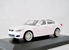 BMW M5 (E60)    2005-2010  weiss  /   Rastar 1:43
