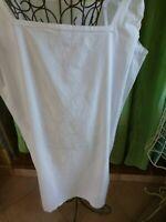T 5/6belle chemise de nuit 52/54FEMME brodée main ,festonnée ajourée=  mono a b