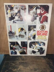 Boston Bruins 1974-75 Yearbook With Team Poster! Bobby Orr, Phil Esposito.