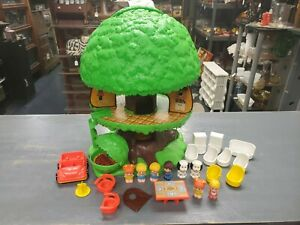 Vintage Kenner Family Tree Tots Treehouse NICE!