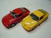 2 rare Porsche 911 (993) Carrera 2 Coupé Modelle von MotorMax in 1:24 neu
