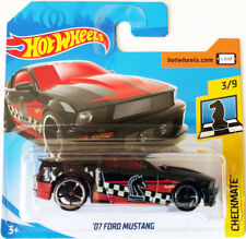 Hot Wheels 2007 Ford Mustang - black/red