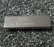 Intel D8032AH 8-Bit HMOS Microcomputers CDIP40 x 1pc