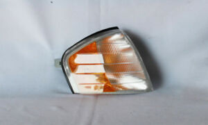 Turn Signal And Parking Light Assy  TYC  18-5923-00
