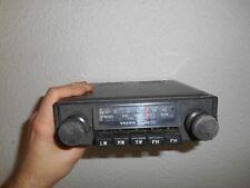 Ancien Autoradio Automobile Volvo Radio ESD FM